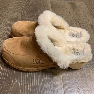 Ugg Suede Shearling KALIE Wooden Clogs Mules Sz 8